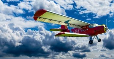 aircraft-1499171_1920
