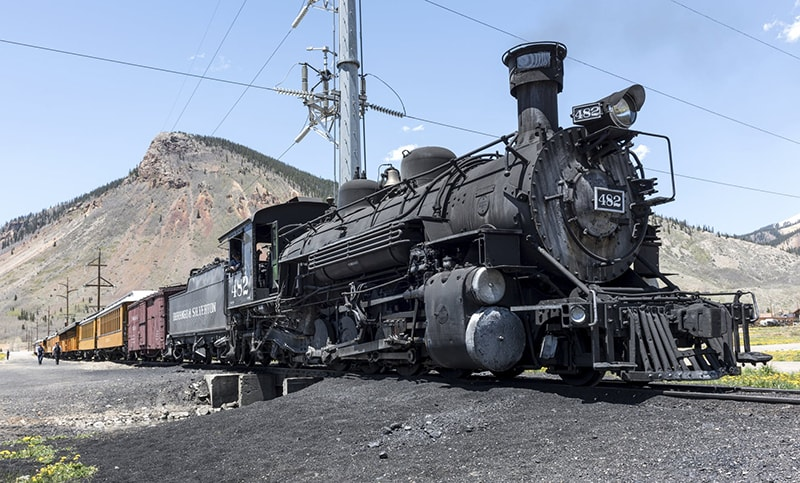 Locomotive-min