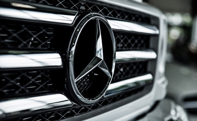 Mercedes-min