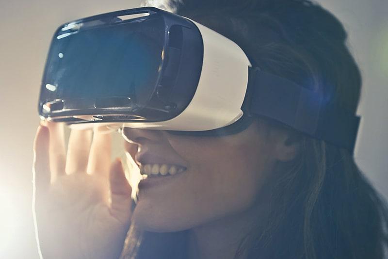 virtual-reality-min